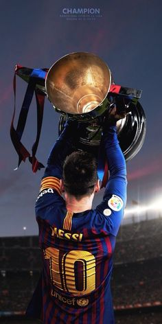 pics from football fans club Lional Messi, Cristiano Ronaldo Juventus, Messi Soccer, Messi And Ronaldo, Nike Soccer, Soccer Cleats, Ronaldo Real, Soccer Sports, Flag Football
