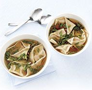 WONTON SOUP *4-quart saucepan. http://www.finecooking.com/recipes/wonton-soup.aspx?utm_source=social&utm_medium=fb_post&utm_term=no_offer&utm_content=fcrecipe_mit&utm_campaign=FC_social
