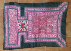 Hey, I found this really awesome Etsy listing at https://www.etsy.com/uk/listing/528600283/vintage-hmong-miao-baby-carrier-h251