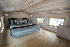 The tiny homes by SimBLISSity might be some of the most favorite designs out there. At least they are for HGTV and FYI. The SimBLISSity homes have been featured on several episodes of Tiny House Hunters as well as Tiny House Nation. Byron and Dot Fears run SimBLISSity and recently let me know that one …