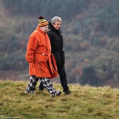 Not sure whether pyjamas are suitable hiking attire, Nardole!  @realmattlucas and Peter Capaldi #behindthescenes on series 10!  #DoctorWho #whovian