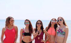 Bikinis, Swimwear, Outfits, Fashion, Templates, Musica, Swimsuits, Backgrounds, Fotografia