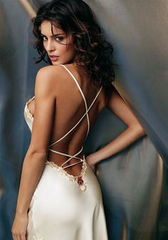 Love this Sexy night gown. Belle Lingerie, Sexy Lingerie, White Lingerie, Delicate Lingerie, Catrinel Menghia, Beauté Blonde, Lise Charmel, Beauty And Fashion, Night Gown