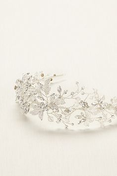 This tiara would compliment my dress so beautifully.