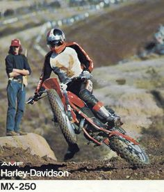 Harley Davidson MX-250 Dirt Bike