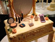 VINTAGE INSPIRED VANITY TABLE BIRTHDAY CAKE