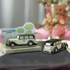 Wedding Car Mini Candle Favor-Looks nice, would definitely fit our possible 40's theme. Not sure about colors though...
