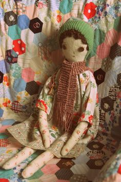 reminds me of my daughter's favourite rag doll Doll Clothes Patterns, Doll Patterns, Modern Toys, Doll Maker, Fairy Dolls, Soft Dolls, Handmade Toys, Craft Fairs, Quilting Projects