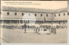 Ejercicios de gimnasia, saltos en el trampolín by Centro de Estudios de Castilla-La Mancha (UCLM), via Flickr