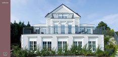 Ideal für den klassischen Ästheten - mehr Informationen unter: www.fensterfrank.de Style At Home, Windows, Mansions, House Styles, Google, Home Decor, Environment, Modern Bungalow, Traditional Design