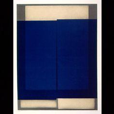 Arcangelo Ianelli, Formas rompidas em azul, 1983. (Acervo do Museu de Arte Moderna de São Paulo - MAM)  Priscila Vannucchi & Marcos Wolff Objetos de Arte | site: www.pvmw.com | facebook: facebook.com/lojapvmw | instagram: instagram.com/pvmw.objetos.de.arte #pvmw #lojapvmw #design #art #arte #toyart #sp #ceramics  #urbanart #saopaulo #brazil #architecture #trend #mamsp #mam #arcangeloianelli #ianelli