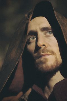 Tom Hiddleston as Henry V in The Hollow Crown. Edit by jennphoenix.tumblr http://maryxglz.tumblr.com/post/159158173082/lolawashere-jennphoenix-processed-with