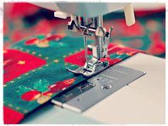 Bon cap de setmana. Si esteu acabant de fer les vostres creacions de nadal us desitgem sort i creativitat  #nadal #madeyoursef