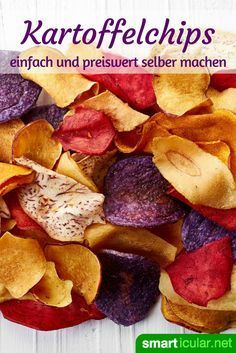 11 knackige Alternativen zu Kartoffelchips For nibblers fans: You can easily create healthy and delicious alternatives to potato chips yourself! Healthy Snacks Before Bed, Healthy Snacks List, Healthy Protein, Protein Foods, Snack Recipes, Easy To Digest Foods, Potato Chips, Diy Food, Food And Drink
