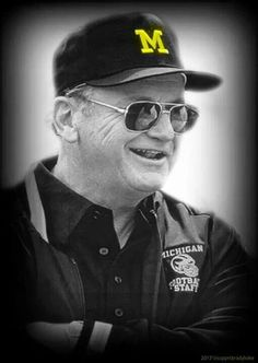 Bo Schembechler passed away 7 years ago today. My coach.  Go Blue!