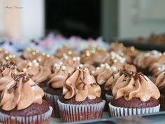 Suklaa Cupcakes minikokoisina | Annin Uunissa