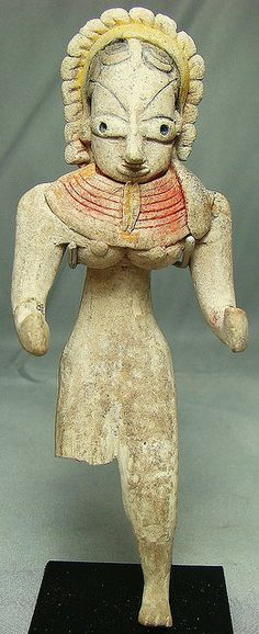 Mehrgarh Period VII, c. 2800-2600 BC., Extremely attractive nude female goddess with colorful necklace over her breasts