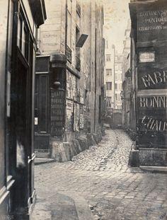 Marville : impasse des Bourdonnais, de la rue de la Limace, Paris 1er, c.1865
