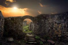HF Abandoned castle, digital Backdrop, manipulation, sunset von HispaniolaFineart auf Etsy