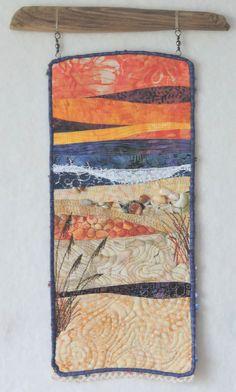 Fiber Art Quilts-Allure of the Sea Ocean Quilt, Fiber Art Quilts, Landscape Art Quilts, Quilt Display, Fabric Pictures, Textiles, Fish Art, Fabric Art, Textile Art