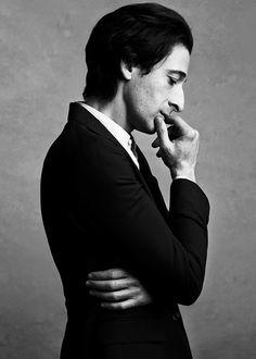 Adrien Brody in Mr Porter photo shoot (adriensbrodyy via casabet64)
