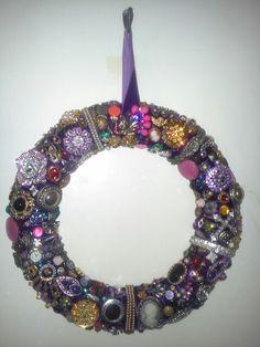 4. 23/09/13 Vintage jewelry wreath