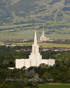 Jordan River and Oquirrh Mountain Temple. (Yes, they are in walking distance of each other!) Photo by Ken Fortie LDS Temple Photos. Mormon Temples, Lds Temples, Utah Temples, Jesus Christ Lds, Savior, Lds Temple Pictures, Later Day Saints, Lds Art, Templer