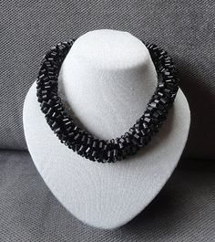Necklace made from recycled bicycle inner tubes von AnnesSierraad
