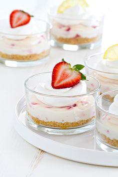 No Bake Strawberry Lemonade Cheesecake