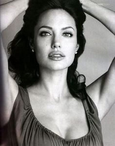 アンジェリーナ・ジョリー(Angelina Jolie) photo