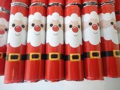 Chocolate batom personalizado, personalizamos todos os temas. <br> <br>prazo para envio até 5 dias, dependendo da quantidade e itens do pedido Christmas Crafts, Xmas, Partys, Handmade Rugs, Holiday Decorations, Toilet Paper, Tube, Scrap, Makeup