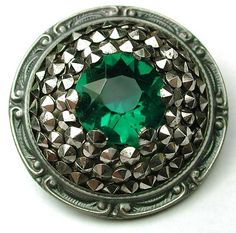 Antique Deluxe Design Button w/Emerald Colored Jewel & Pointy Cut Steels; Circa 1890's