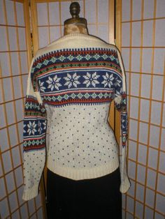 Norwegian wool knit Vintage cardigan sweater womans by antique