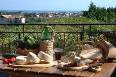 in crescita il turismo di fine estate Italian News, Health And Beauty, Outdoor Decor, Estate, San, Tinkerbell, Tourism