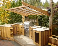 Custom Small Outdoor Patio Kitchen Pergola Ideas