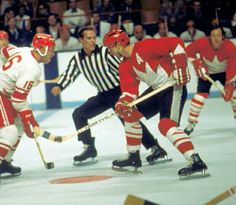 Hockey Game between The Soviet Union and Canada in the 1972 Summit Series Women's Hockey, Hockey Games, Hockey Players, Hockey Stuff, Canada Cup, Worst Injuries, Summit Series, Going For Gold, Vancouver Canucks