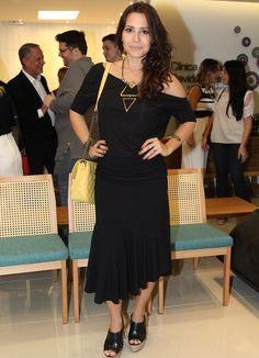 Você usaria? Paolla Oliveira veste look com umbigo à mostra | Moda e Beleza | Notícias | Portal Mundo Positivo