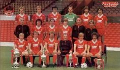 Liverpool team group in Liverpool Fc, Liverpool Football Club, Football Team, Liverpool Players, Retro Football, Kenny Dalglish, West Brom, Nottingham Forest, Red Team