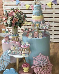 Baby Shower Desserts, Baby Shower Themes, Baby Boy Shower, Gold Birthday Party, Unicorn Birthday Parties, Ballerina Baby Showers, Dream Party, Dessert Table, Baby Dress