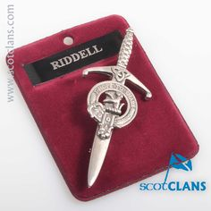 Ridell Clan Crest Kilt Pin. Free worldwide shipping available