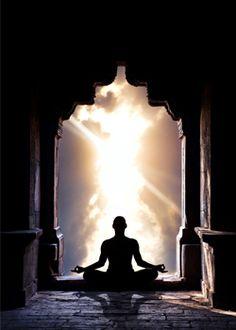 Mediteren voor eeuwige jeugd - Happinez