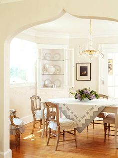 22 Fresh, Frugal Cottage Ideas: lovely dining room - love the archway