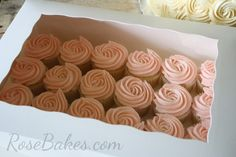 Where to buy cake/cupcake boxes and inserts. Click over to read about where I buy boxes, cake boards and inserts and how I transport cakes! Cupcake Shops, Cupcake Boxes, Cupcake Holders, Cupcake Packaging, Buy Cake, Cake Decorating Techniques, Decorating Tips, Beautiful Cupcakes, Cake Business