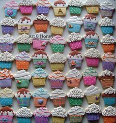 Art & Honey Cookie Boutique:  Cupcakes galore!!!!  ♡♡♡♡♡