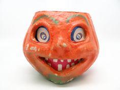 Vintage 1940's Halloween Smiling Jack-O-Lantern made by exploremag