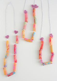 Toddler craft - noodle valentine necklace :) Super cute!
