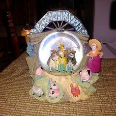 Disney Home On the Range Little Patch of Heaven Musical Snowglobe