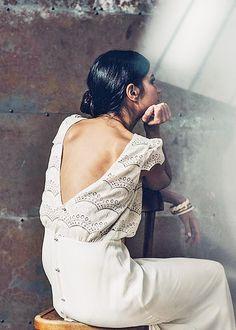 source : lauredesagazan.fr 20I6 la robe verlaine _  collection mode robe blanche dentelle (lace white dress fashion)