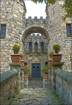 Castle Entrance in Bogota, Colombia Beautiful Castles, Beautiful Buildings, Beautiful Places, Central America, South America, Latin America, Vila Medieval, Travel Around The World, Around The Worlds