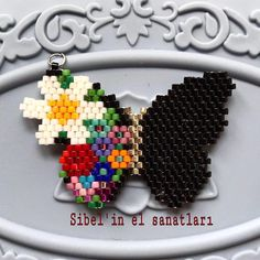 [New] The 10 Best Craft Ideas Today (with Pictures) - Sipariş için > DM Pattern : Tasarım: Desenlerimi etiketleyerek kullanabilirsiniz. You can use my desingns by tagging . Beaded Earrings Patterns, Seed Bead Patterns, Beaded Brooch, Beading Patterns, Seed Bead Jewelry, Bead Jewellery, Seed Bead Earrings, Brick Stitch Earrings, Bead Loom Bracelets